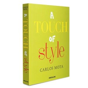 A Touch of Style by Carlos Mota coffee table book